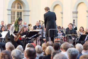 17-05-21 Sinfonie im Innenhof_Grace Kelly und Thomas Dorsch_c_Katja Bode